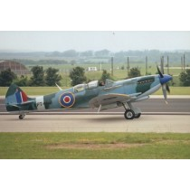 Colour photograph of Spitfire Mk IX PT462-16 x 12