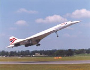 Concorde G-BOAF takeing off at FairFord during the International Air Tatoo 19/7/1997